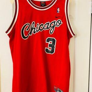 chicago bulls throwback jersey